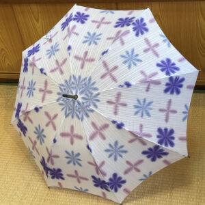 雪花絞り傘/白地青紫